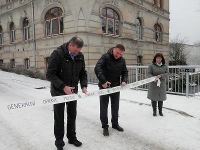 Most v Jánské ulici v Jablonci je nový a opět průjezdný