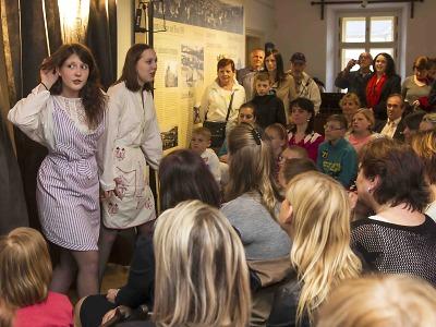 Muzejní noc si v Jablonci užili všichni – děti, dospělí, studenti i senioři