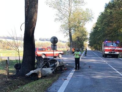 Po nehodě u Dětřichova vyhasl život řidiče vozidla