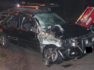 Opilý řidič nerespektoval v Tanvaldu zákaz jízdy a v Hamrech havaroval