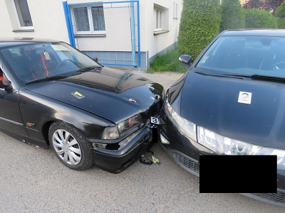 Po nehodě řidiče v Jablonci zjistili policisté, že je na něj vydán zatykač