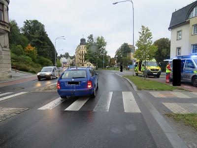 Řidička viděla chlapce na přechodu v jablonecké ulici Pražská pozdě