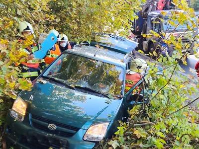 V jablonecké ulici Liberecká se srazilo osobní a nákladní auto