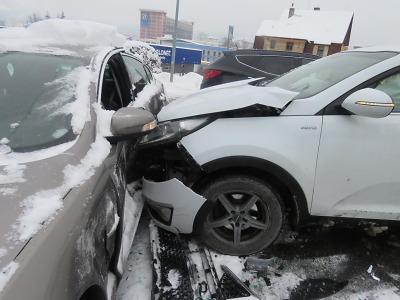 Na jablonecké křižovatce řidič nedal přednost v jízdě