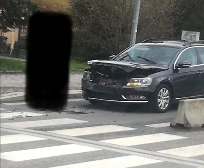 Ke střetu dvou aut došlo v jablonecké ulici Nová Pražská