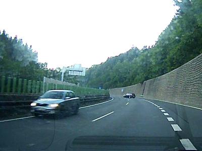 Policie pátrá po řidiči, který řídil auto po I/35 u Jeřmanic v protisměru
