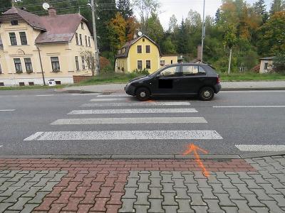 Řidička nedala v Lučanech na přechodu přednost mladé chodkyni