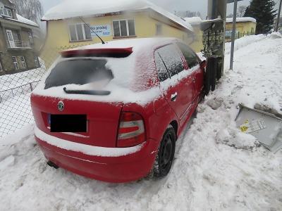 Střetu s jiným autem v Lučanech zabránil, sám ovšem havaroval