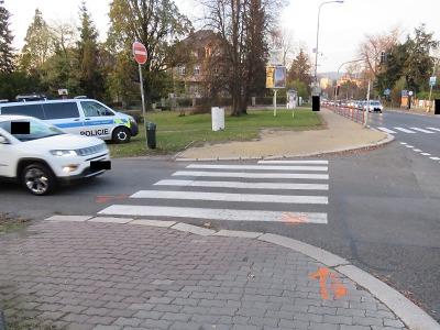 V Jablonci došlo v jeden den ke dvěma střetům aut s chodci