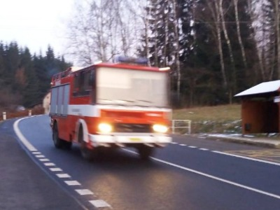 Nová hasičská cisterna je v Loužnici