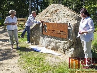V Lesoparku na Příchovicích byl odhalen pomníček Milady Horákové
