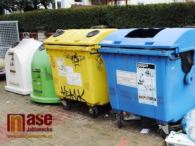 Nový systém poplatků za odpad chystají v Jablonci od nového roku