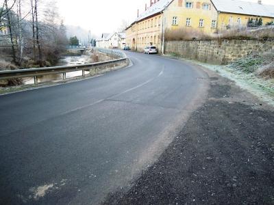 Kraj bleskově ještě před zimou opravil 15 úseků silnic