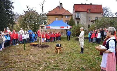Sto let republiky oslavili i na ZŠ Liberecká Jablonec