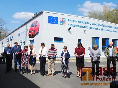 Slavnostně otevřeli Centrum odborného vzdělávání ve Vysokém