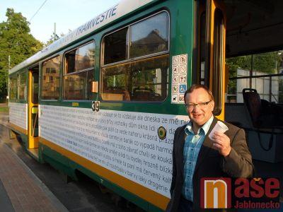 Obrazem: Básníci mají tramvaj