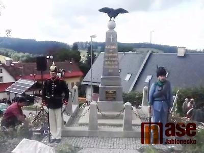 VIDEO: Slavnostní požehnání rekonstruovaného památníku v Kokoníně