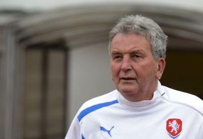 Zemřel trenér Josef Pešice