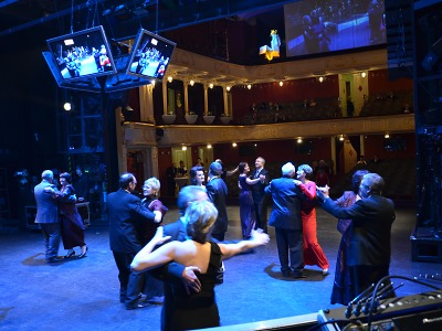 Událostí plesové sezony opět bude ples jabloneckého divadla + soutěž