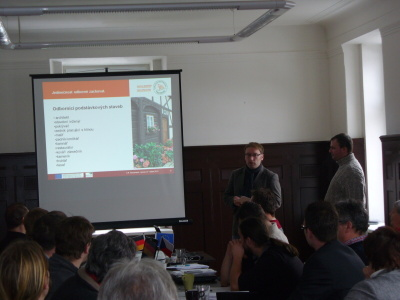 Vzorový podstávkový dům opravují na Šluknovsku