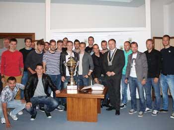 FOTO: Primátor poděkoval fotbalistům za vzornou reprezentaci města