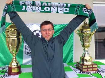 VIDEO: Fanoušci obdivovali pohárovou trofej
