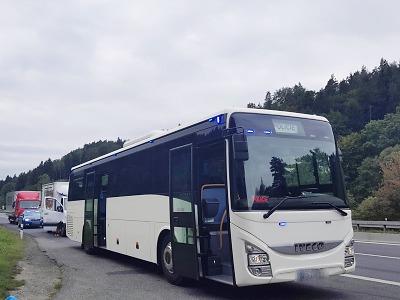 Na neukázněné řidiče v Libereckém kraji dohlížel policejní autobus