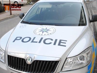 Řidička jezdila se třemi promile, řidič pod vlivem drog