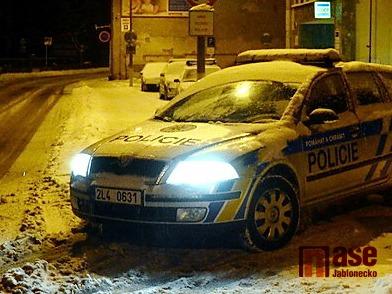 Policie hledá svědky dvou dopravních nehod v Jablonci