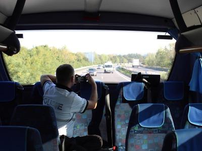 Na neukázněné řidiče v kraji znovu dohlížel policejní autobus