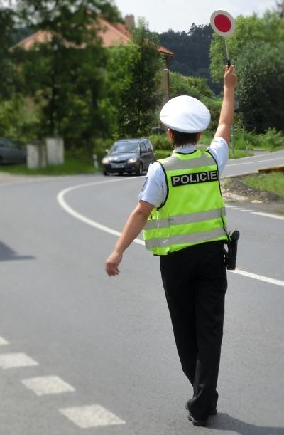Na Dušičky budou policisté dohlížet na bezpečnost nejen na silnicích