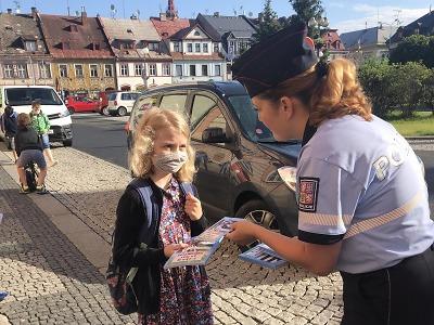 Konec školního roku: Policisté se zaměřili na bezpečnost dětí