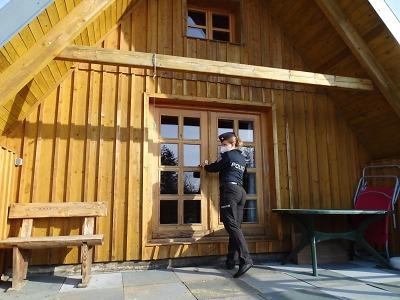 Policisté kontrolovali rekreační objekty v Bedřichově