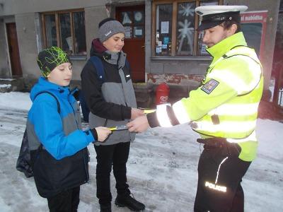 Policisté kontrolovali chodce u přechodů