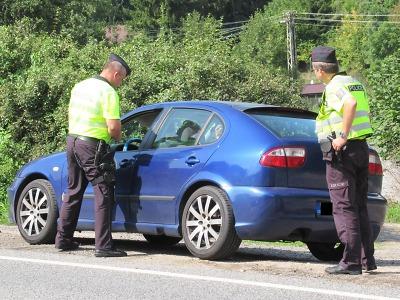 Policisté v Libereckém kraji o víkendu dohlíželi na silniční provoz