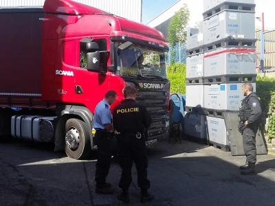 Policisté kontrolovali na Jablonecku opět nelegální zaměstnávání cizinců