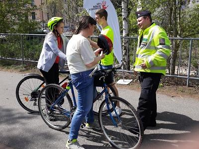 Akce Na kole bezpečně probíhala na cyklostezce U Nisy
