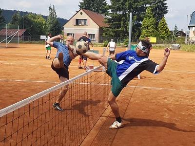 Turnaj v nohejbale Achilleův pohár vyhrál domácí Maják Jablonec