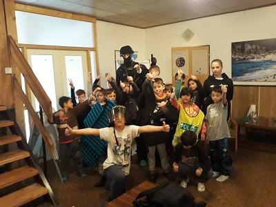 Do Bedřichova na pobytový tábor za dětmi přijel policista