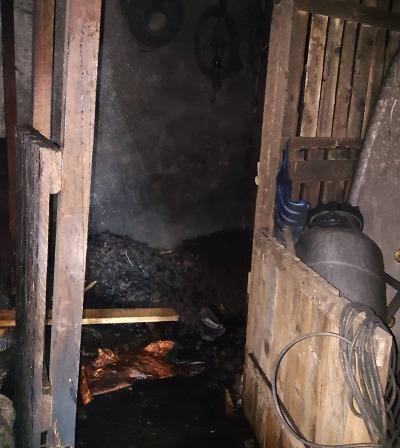 Hořel rodinný dům v Kruhu, muž v bezvědomí se již neprobral