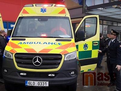 VIDEO: Liberecká záchranka převzala deset nových vozů