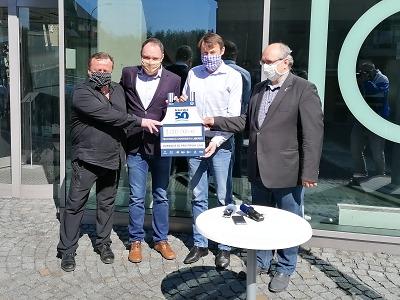Jizerská 50 pro první linii nakonec darovala TU Liberec rovný milion