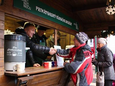 Akcí Primátorský svařák vybrali na dobrou věc 45 tisíc