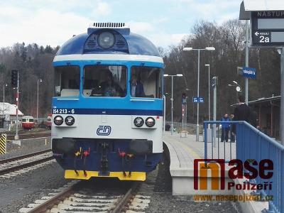 Prahu a Harrachov od soboty spojuje přímý vlak!
