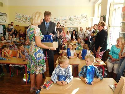 Jablonecká škola v Janáčkově ulici získá novou podobu zahrady