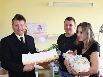 Zlatý dukát od jabloneckého primátora dostal malý Teodor