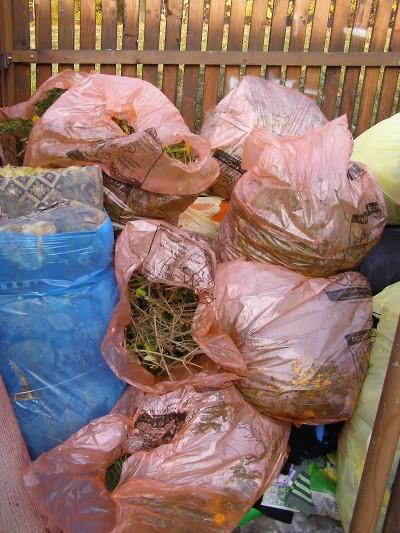 Pytle na separovaný odpad už nebudou v Jablonci anonymní