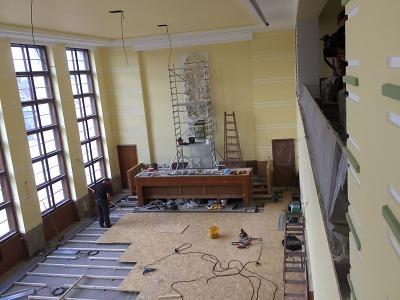 Obnova jablonecké radnice pokračuje venku i uvnitř