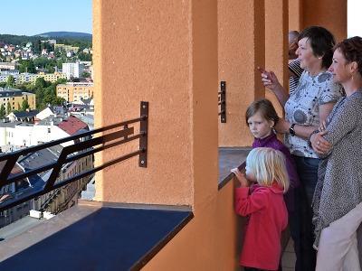 Letní sezona v Jablonci přinesla rekordní návštěvnost radniční věže