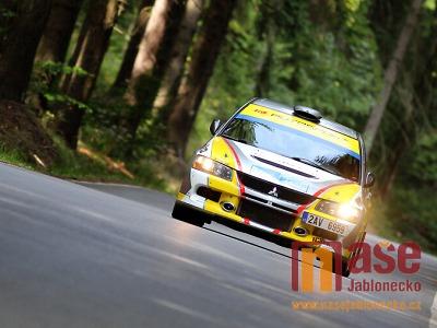 Pátek a sobota bude na silnicích ve znamení Rallye Legend